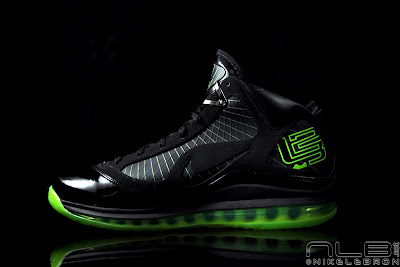 lebron7 black dunkman 97 web Air Max LeBron VII Black/Electric Green aka Dunkman Showcase