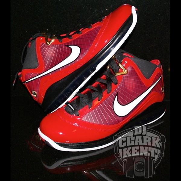 Nike LeBron VII Hero Pack 8211 Deion Sanders amp Penny Hardaway