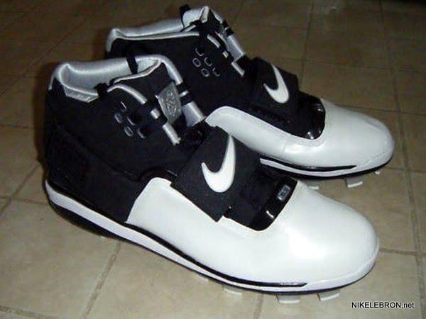 ... Nike Zoom Soldier PE 8211 LeBron James8217 Baseball Cleats ec05ee6046
