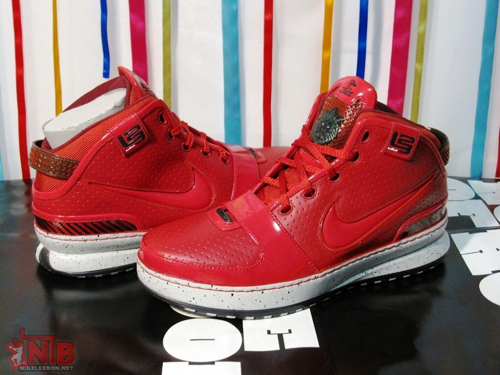 the best attitude 54524 c7bb4 New York City aka Big Apple Nike Zoom LeBron VI Gallery ...