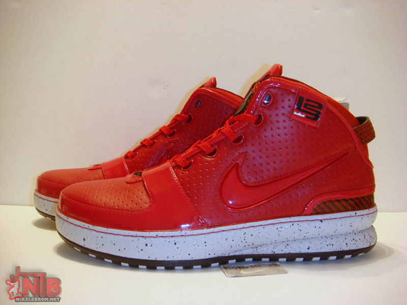 hot sale online 5ad2f 0d0fc ... New York City aka Big Apple Nike Zoom LeBron VI Gallery ...
