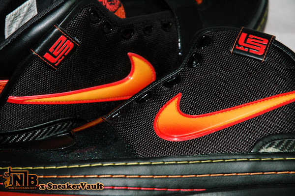 Beaverton Employee Exclusive 8211 Zoom LeBron VI 8220World Tour8221