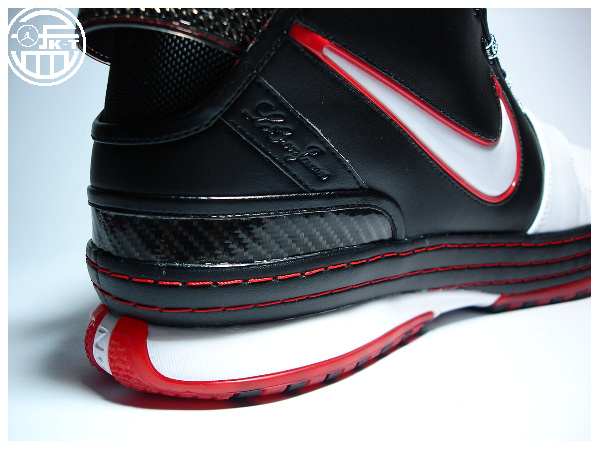 A Fresh Look at the Initial Nike Zoom LeBron Six Colorway