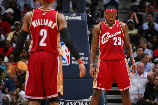 LeBron Puts on Another MVP Show Mo Gets Recruited as Soldier