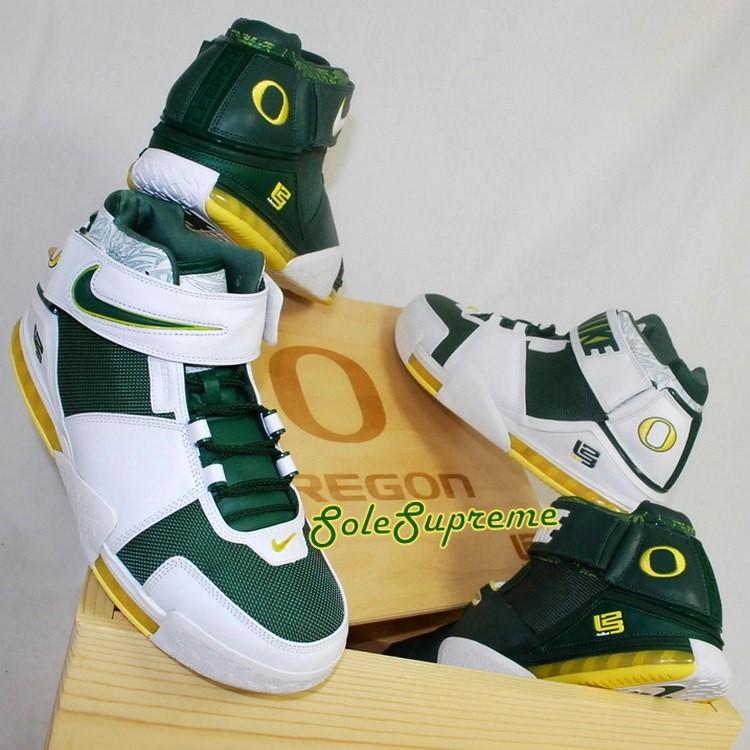 Throwback Thursday  Nike Zoom LeBron II Oregon Ducks PEs Set  2e1e791b2ec0