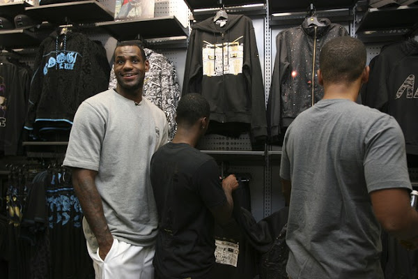 Lebron James Inaugurates the House of Hoops in Paris Europe