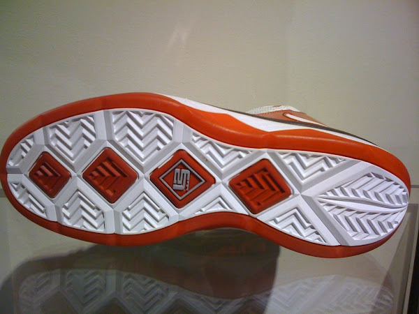 Ohio State OSU and Akron AU Soldier III8217s Premiere at House of Hoops