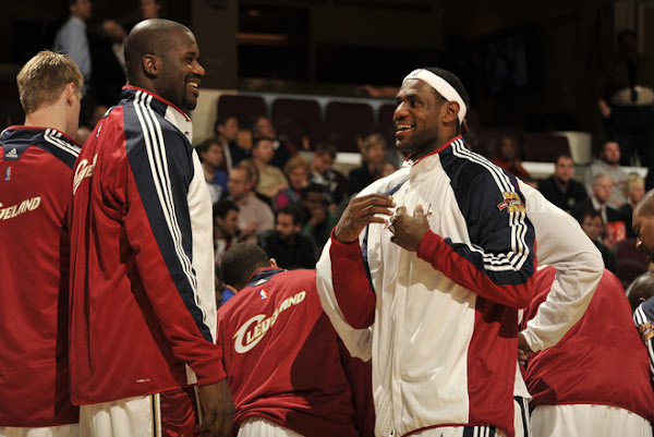 LeBron and Shaq8217s Debut as Teammates Think Pink ZS3 on Court