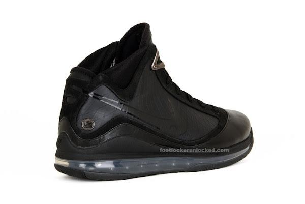 Air Max LeBron VII Triple Black aka 8220Phantom8221 New Release Date