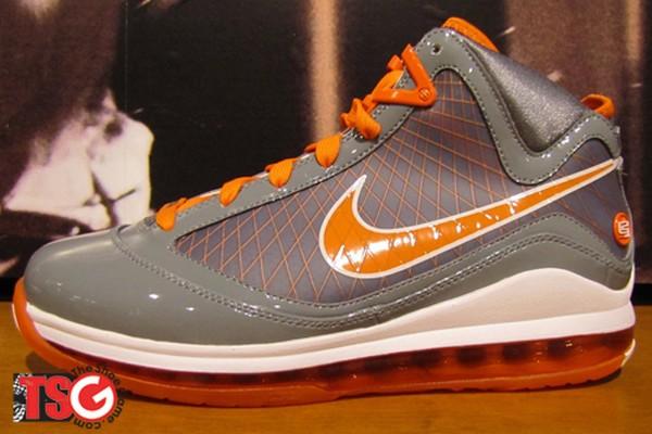 New Nike Air Max LeBron VII Grey  White  Orange Sample