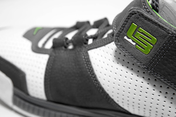 Are You Ready for Nike LeBron Retros What if it8217s an OG Dunkman
