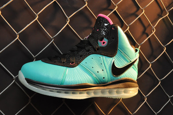 Another Look at New LeBron 88217s 8211 HWCNYK Charcoal PreHeat