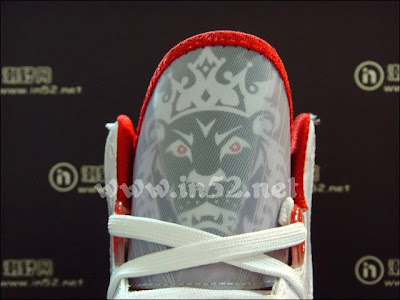 nike air max lebron 8 v2 white black red 2 06 Nike LeBron 8 V/2 Flywire   White/Grey/Varsity Red   New Photos