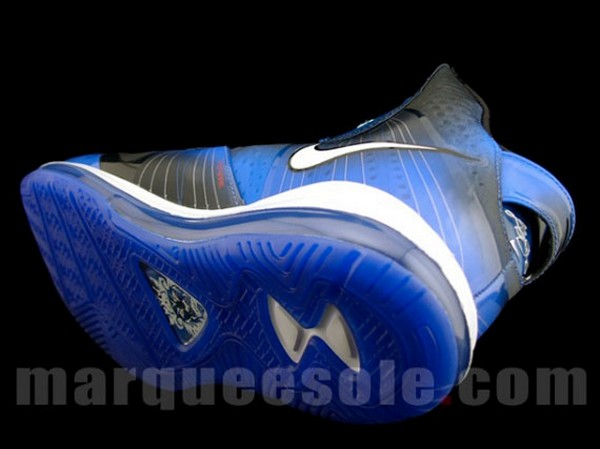 First Look at NIKE LEBRON 8 V2 AllStar 2011 Los Angeles