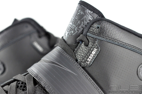 Nike Zoom Soldier 4 8220Triple Black8221 aka 8220Blackout8221 Showcase