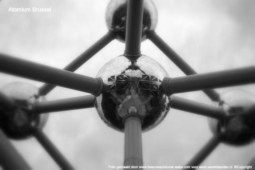 Atomium Brussel.4..jpg