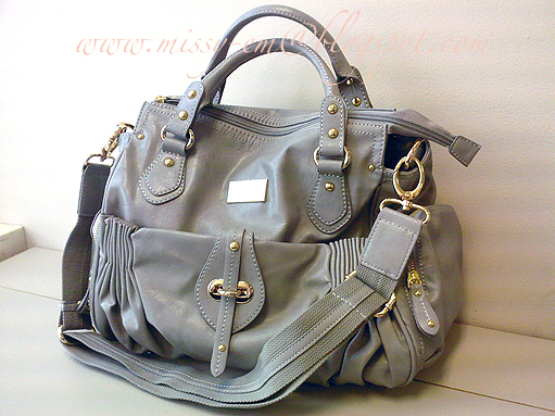 Charles and Keith Bags Singapore http://missy-em.blogspot.com/2009/08/charles-keith-grey-satchel-handbag.html