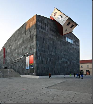 Erwin Wurm House Attack (Viena, Austria)