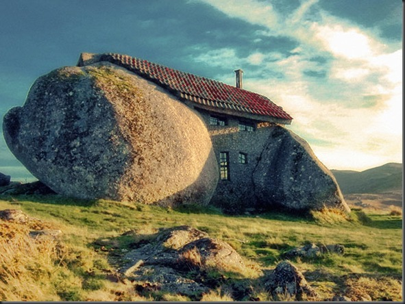 Stone House (Guimarães, Portugal)