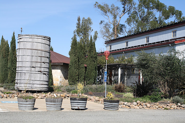 ... HaGafen Cellars on our recent trip to California. There were two groups there besides us (people who didnu0027t even know what kosher wine meant) all ... & Hagafen Cellars u2013 Napa CA - the kosher foodies