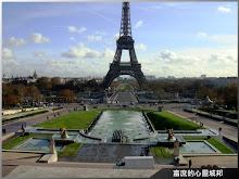 電影中成龍從巴黎鐵塔摔下來的水池