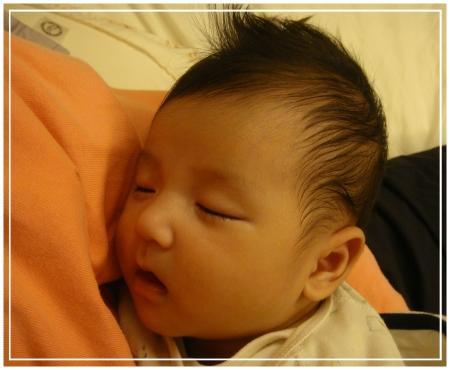 范小輔睡得好香甜