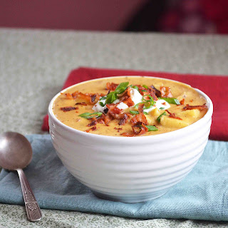 Slow Cooker BBQ Loaded Baked Potato Soup