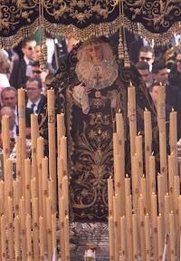 Paso of the Virgin, Seville