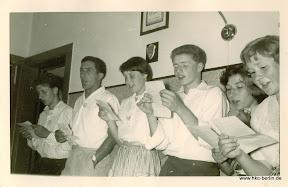 Um 1960 wird das Clublied gesungen