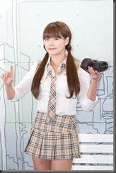 Han-Ga-Eun-Nikon-School-Girl-05