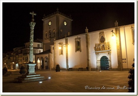 Plaza noche_1024x682