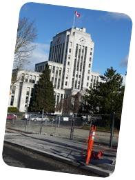 Fixed pic of Van city hall