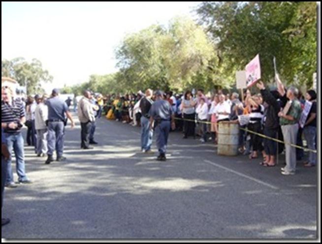 OdendaalsrustFarmersProtestMurdersApril172009_ANC supports murderers