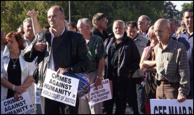 Eugene Terre'Blanche protesting against torture murders of Lotter mother and daughter Free State March 6 2010