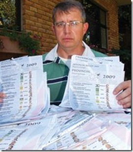 Ballot papers Jakkie Geldehuys found near White River Pic BuksViljoenBeeldApril212009