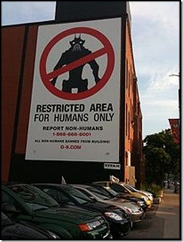 District9RestrictedAreaforHumansOnly