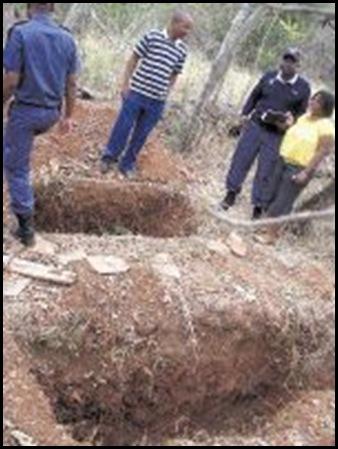 Roberts Alec and Phyllis bones stolen from farmers gravesite Houtboshoek Ngodwana Sept2009 Sowetan Andrew Hlongwane