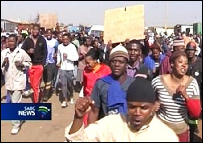 Sakhile Standerton residents demand corrupt ANC officials resign Sept 28 2009 SABC