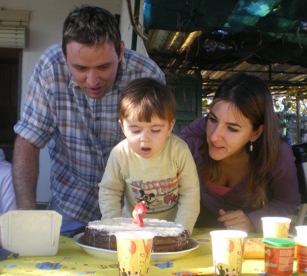 celebra cumpleaños del niño