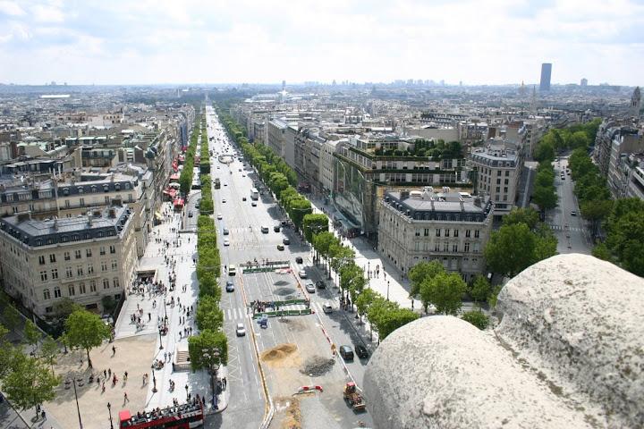 Avenue%20des%20Champs%20Elys%C3%A9es dans Photographies du Paris d'hier et d'aujourd'hui