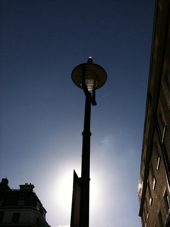 10.10.20 Street lamp