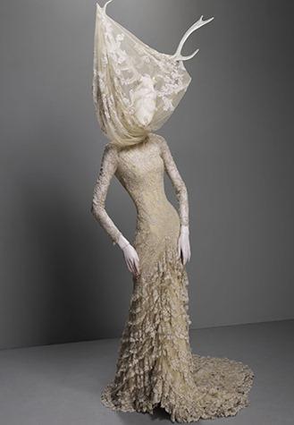 Dress-Widows-of-Culloden--026