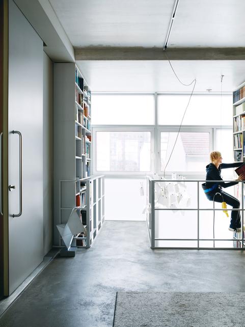 dulkinys-spiekermann-library-portrait.jpg