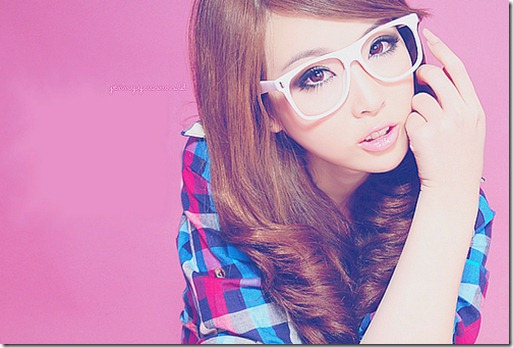 asian-fashion-girl-glasses-pink-ulzzang-Favim.com-52569_large