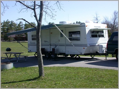 26' Cedar Creek Travel Trailer