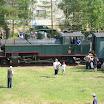 JR4:n vetämä festivaalijuna saapuu Jokioisten suunnasta Minkiölle.