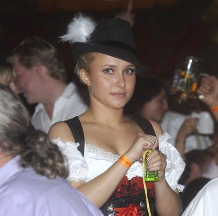 gallery_main-hayden-panttiere-oktoberfest-09