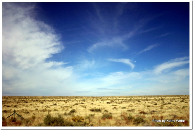 Wide open spaces in eastern Arizona along I-40