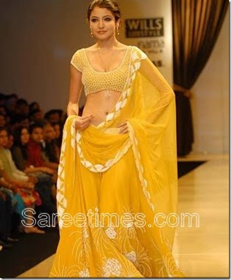 anushka-sharma-yellow-saree-fashion-show
