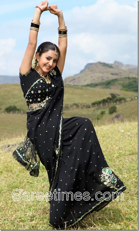 Bhama_Black_Saree